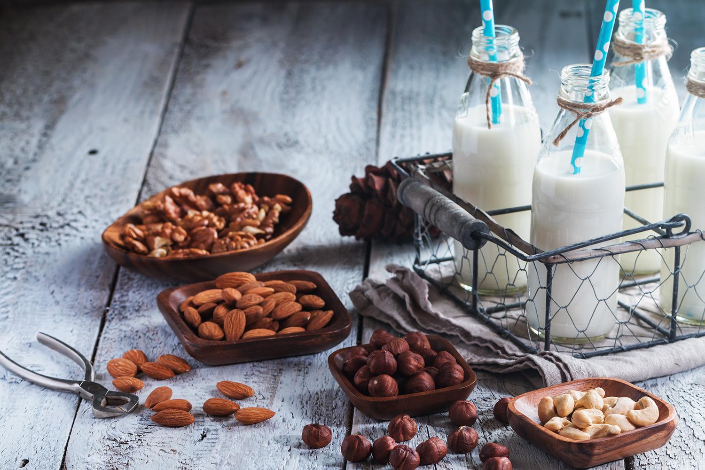 Orechova-mleka-domaci