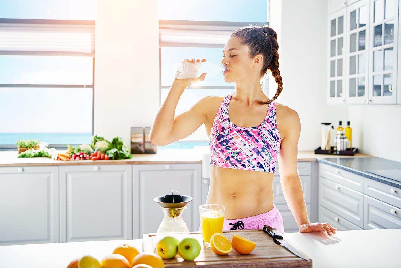 reverzni-dieta-zena-ovoce