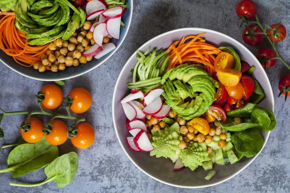 zelenina-avokado-cizrna-zdrava-misa