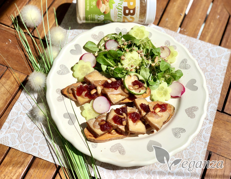 batatove-toasty-s-uzenym-tofu-brusinkami-a-zeleninou-PB2-arasidy