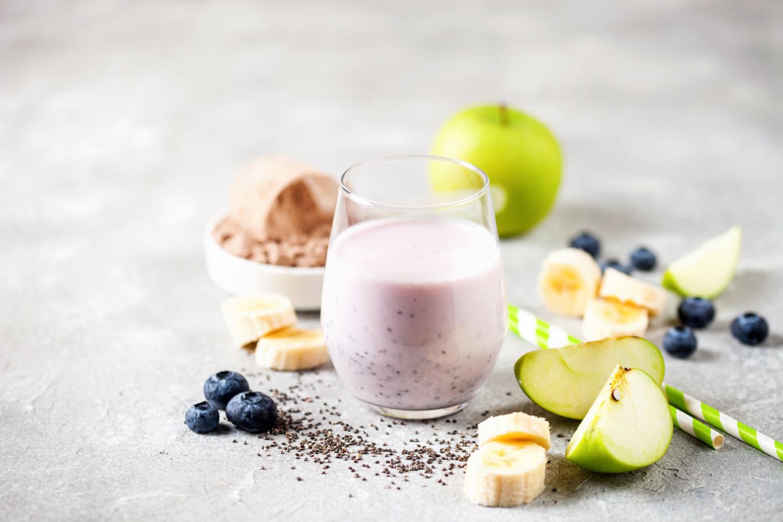 smoothie-protein-vegansky-s-ovocem