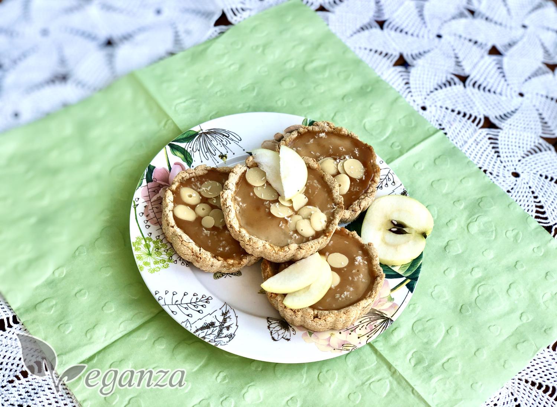 kokosove-kosicky-s-jablecnym-pyre-a-arasidovym-maslem