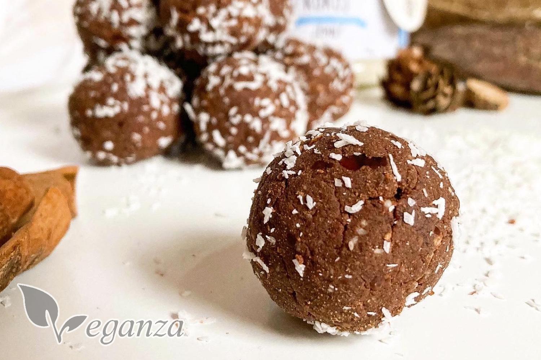 chocolate-cinnamon-coconut-balls