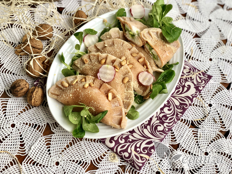 cockove-tasticky-s-naplni-orechy-polnicek